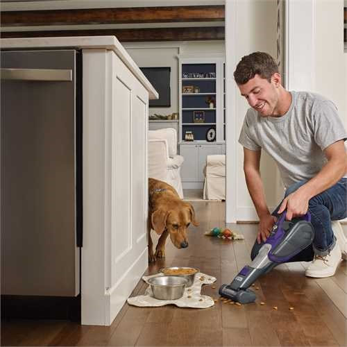 Black and Decker - 27Wh LiIon Pet Dustbuster sladdls handdammsugare med Smarttechsensorer - DVJ325BFSP