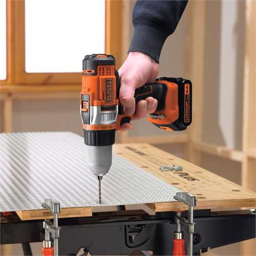 Black and Decker - 144V HP LiIon borrmaskinskruvdragare - EGBHP146BK