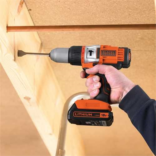 Black and Decker - 18V Slagborrmaskinskruvdragare 2 batterier - EGBHP1881BK