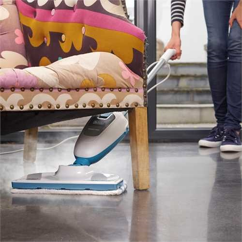 Black and Decker - 1300W SteamMop ngmopp - FSM13E1