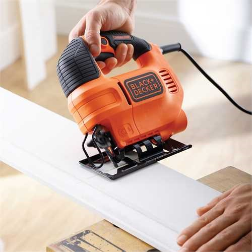 Black and Decker - 520W sticksg med variabel hastighet Inkl vska och sgblad - KS701EK